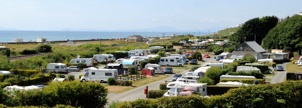 hendre mynach camping